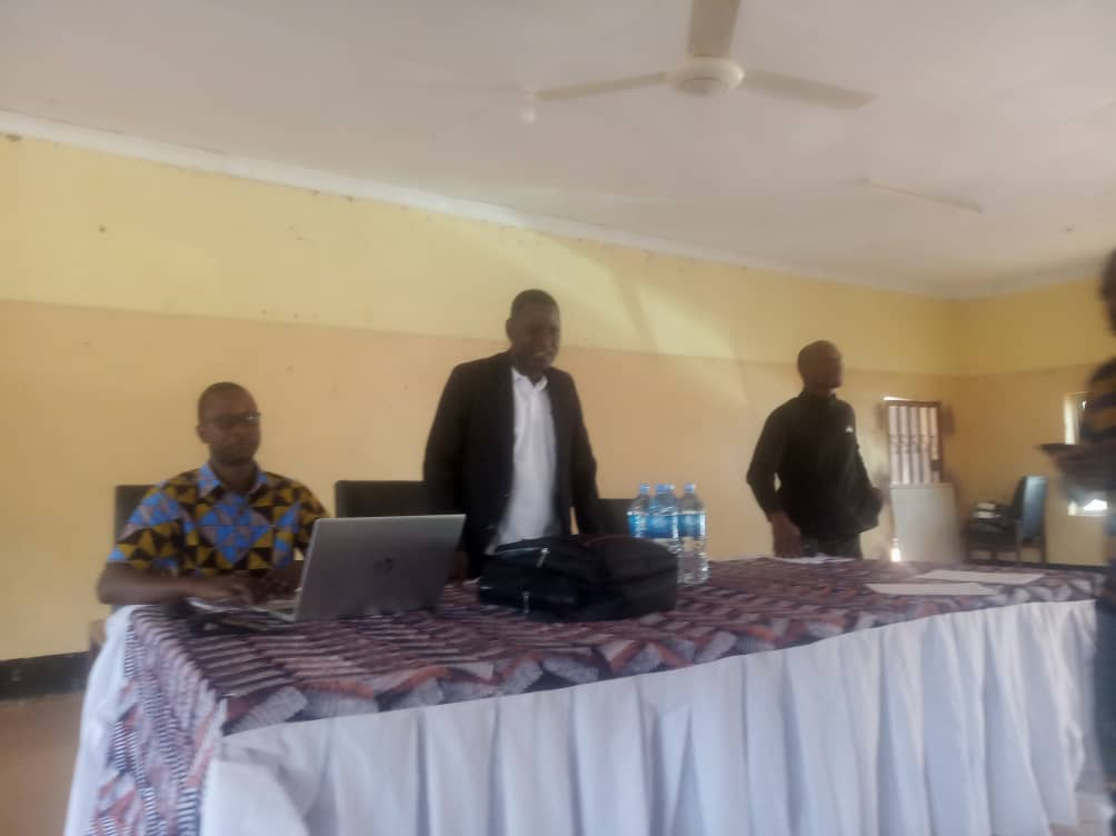 Kakonko District Commissioner Colonel Evance Malasa has opened the best palm oil training for farmers offered by the Tanzania Agricultural Research Institute Kihinga center.